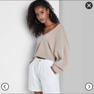 ISO V-Neck Pullover Cropped Sweatshirt